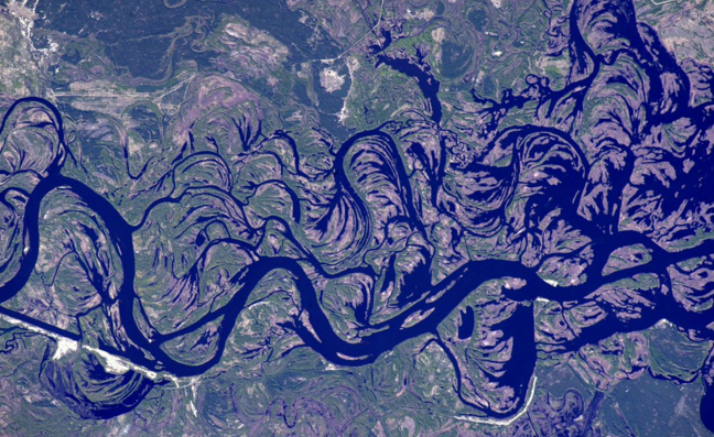 Dnieper (Dnipro) River in Ukraine, Twitter/Tim Kopra photo from the space station